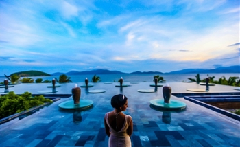 Travel experts identify 8 luxury travel for 2016 and beyond