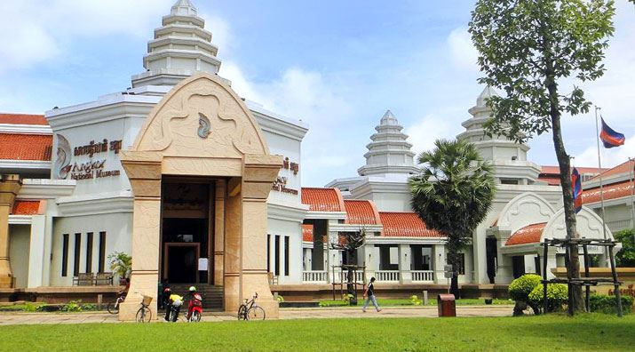 CAMBODIA TOURS WITH BEST THINGS MUST SEE